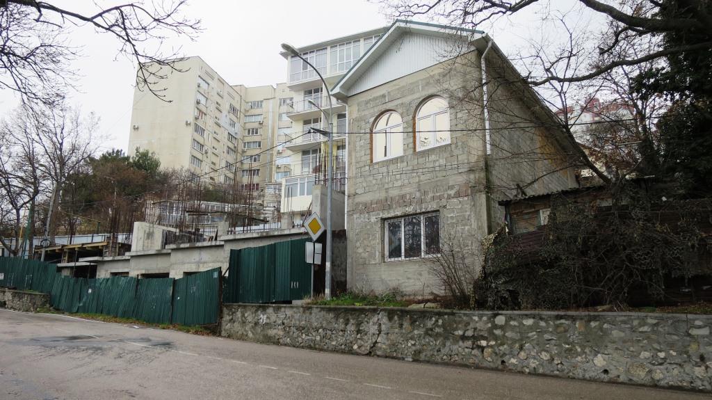 Как сейчас живут люди в Крыму