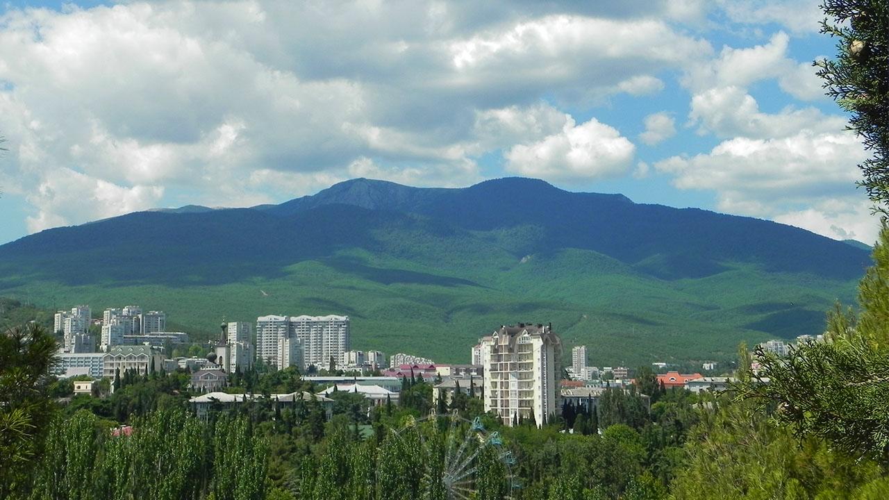 Живописные Крымские горы