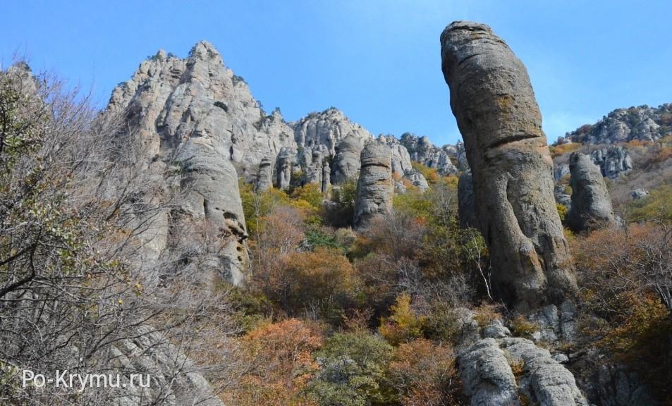 Необычное место Крыма - Долина приведений.