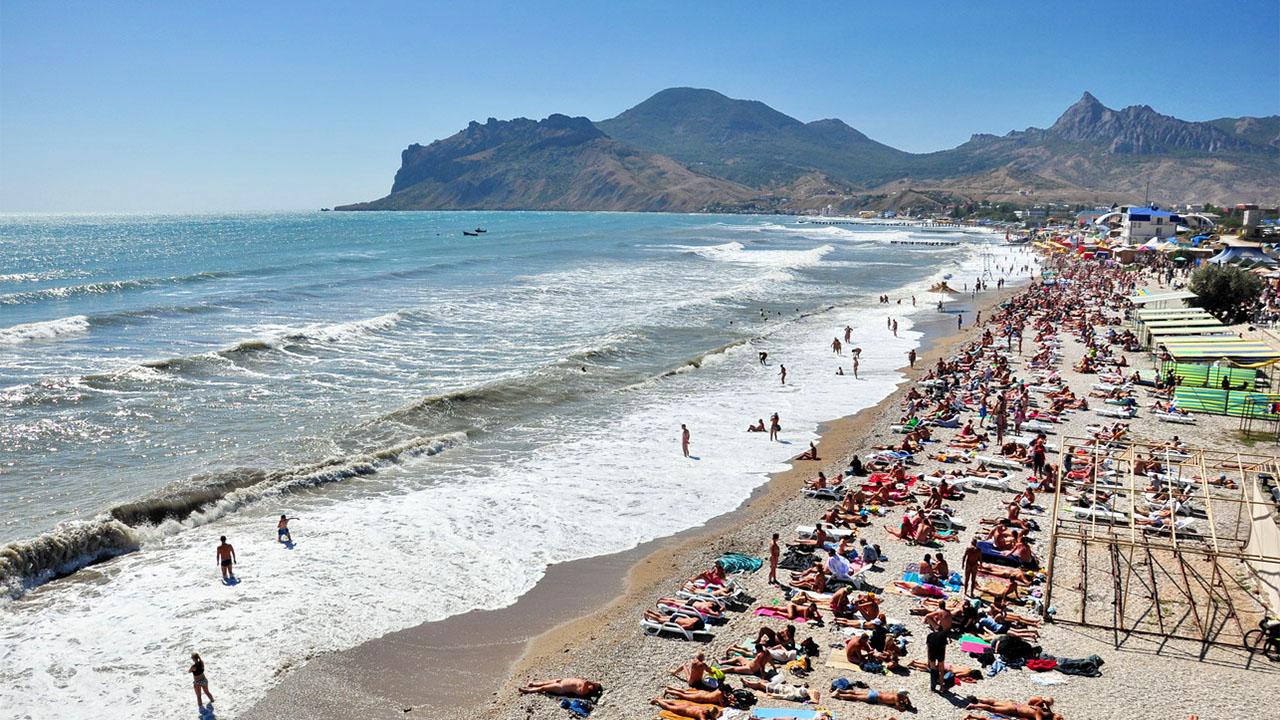 в-коктебеле-песчано-галечный-пляж