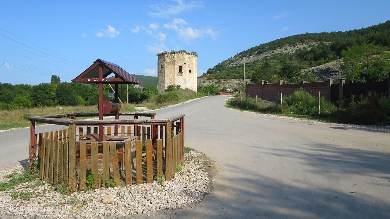 Черноречье колодец у остановки и Чоргуньской башни.