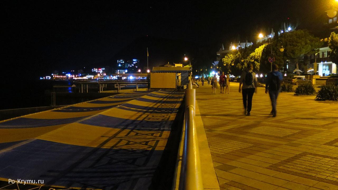 Ночная прогулка, Крым, ЮБК.