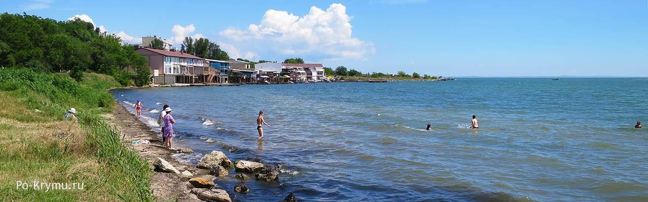 .Городской керченский пляж, фото берега.