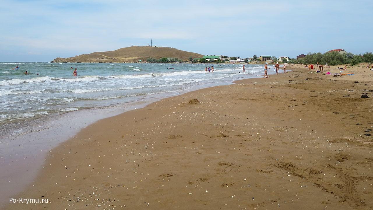 Просторный пляж залива Морской пехоты.