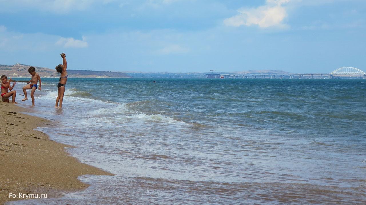 Вид на Крымский мост.