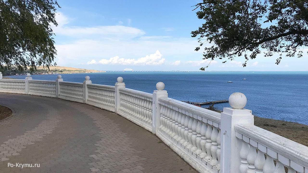 Вид на Керченский мост.