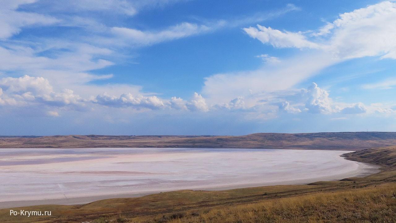 Чокракское озеро в Крыму - где снять жилье, как лечиться?