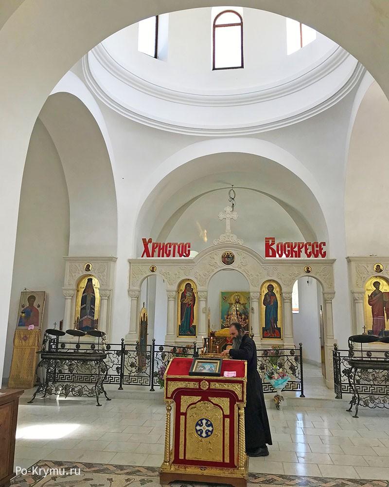Мужской монастырь Святого апостола и евангелиста Луки, Крым.