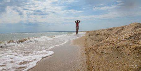 Пляж в Азовском