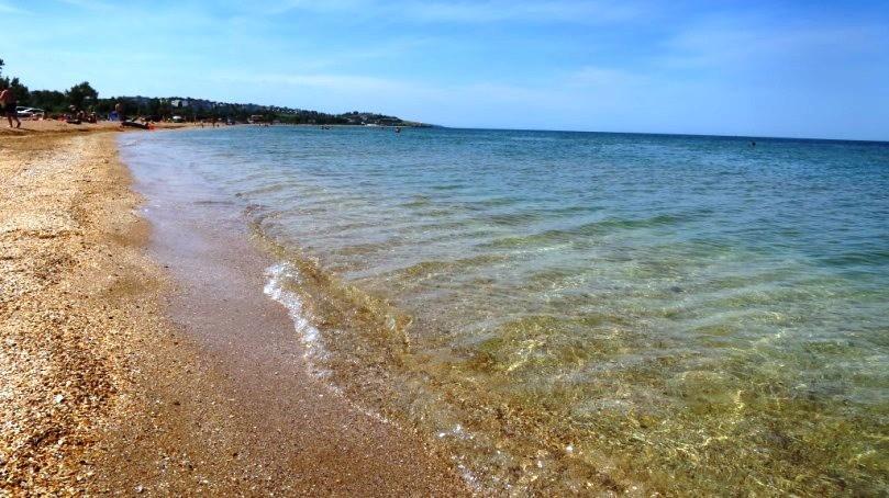 Песчаный пляж на Азове