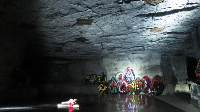 adzhimushkajskie-kamenolomni-memorial