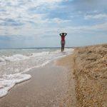Пляж поселка Азовское в Крыму у Казантипского залива