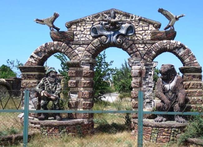 Тарханкут, Оленевка, жилье в поселке.
