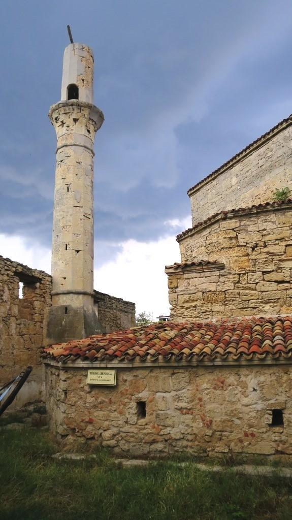 Мечеть ждет реставрацию, Евпатория.