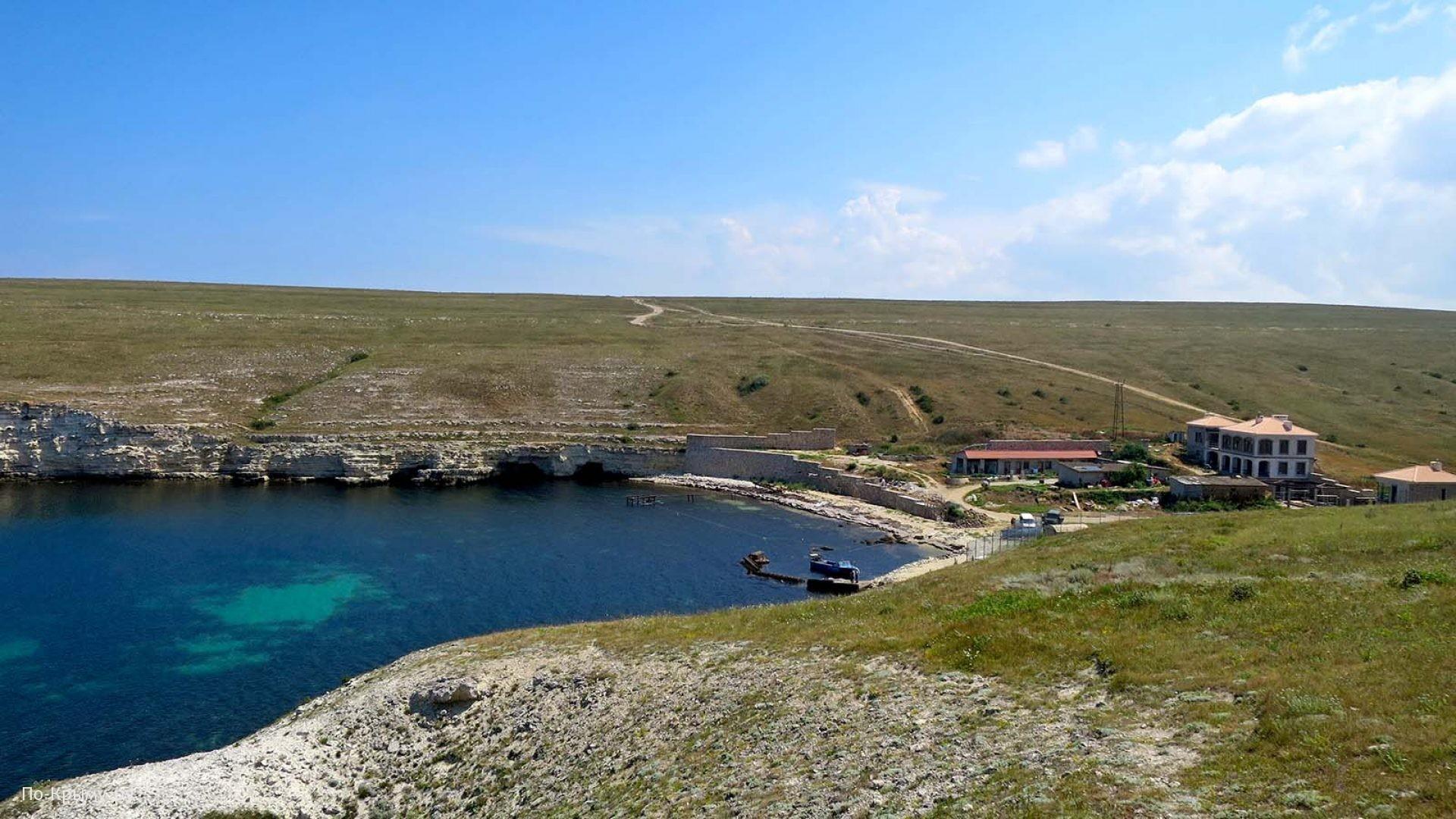 Бухта Терновая в Крыму