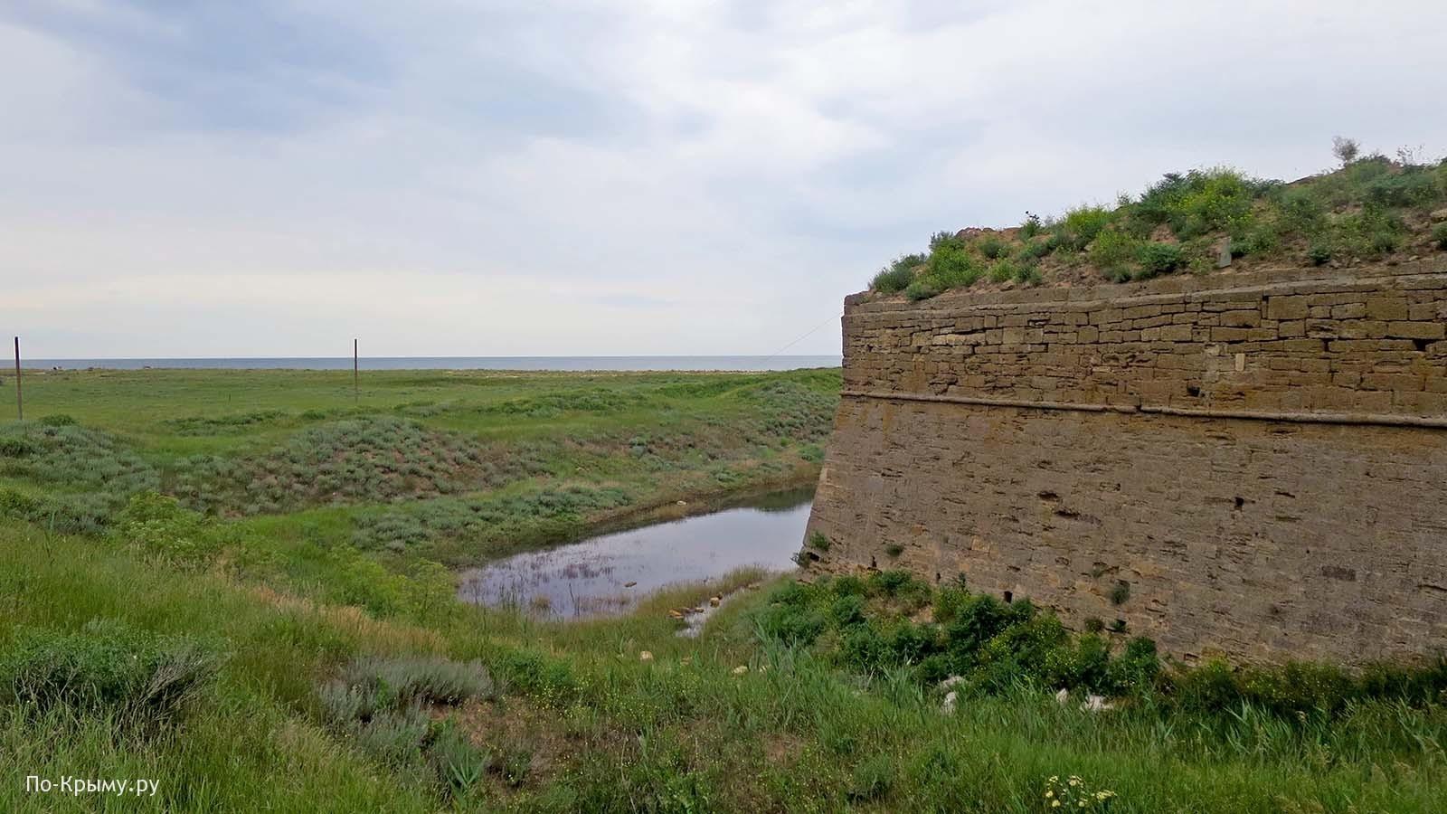Крепость Арабат, озеро Сиваш