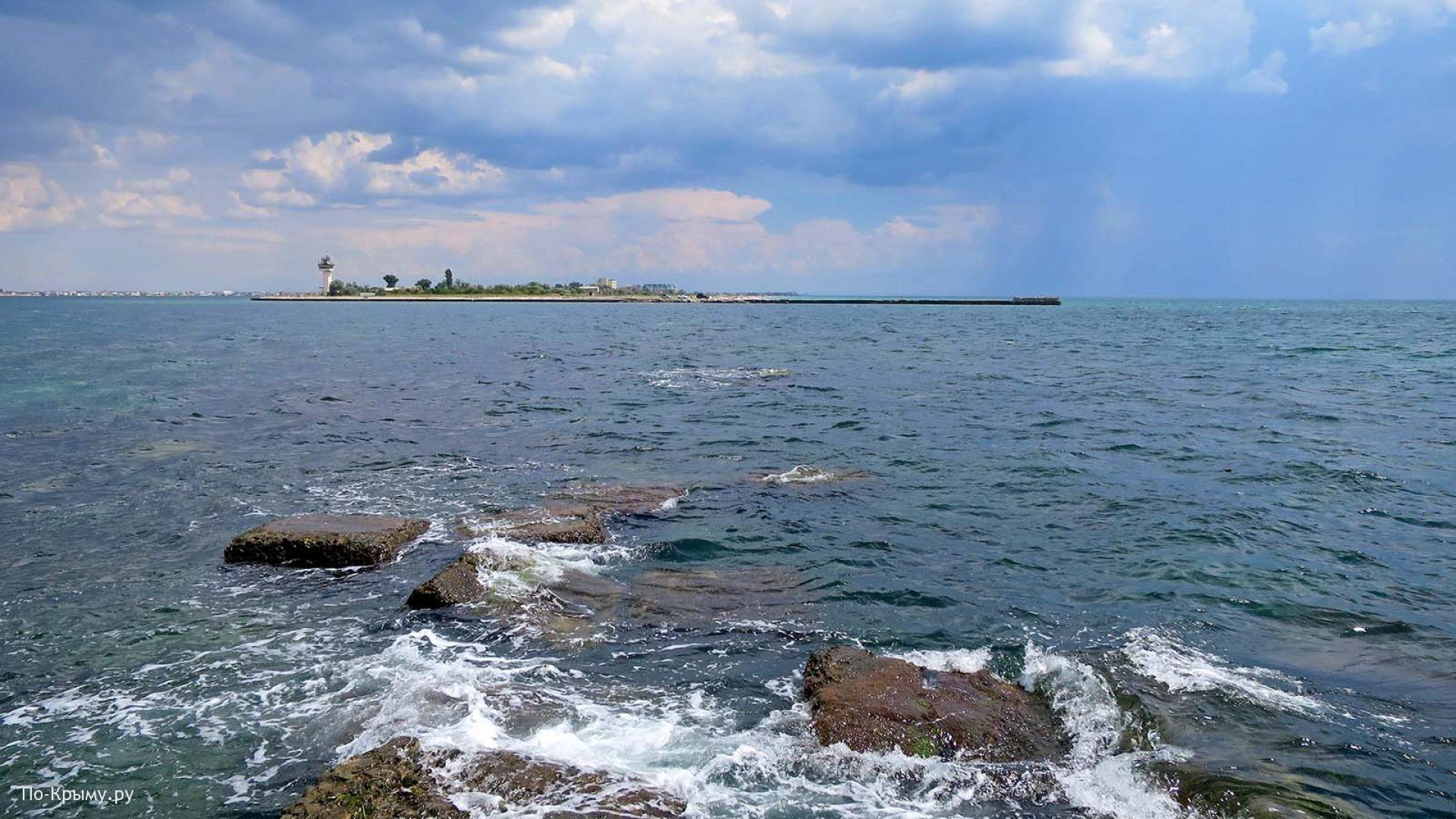 Пролив озера Донузлав