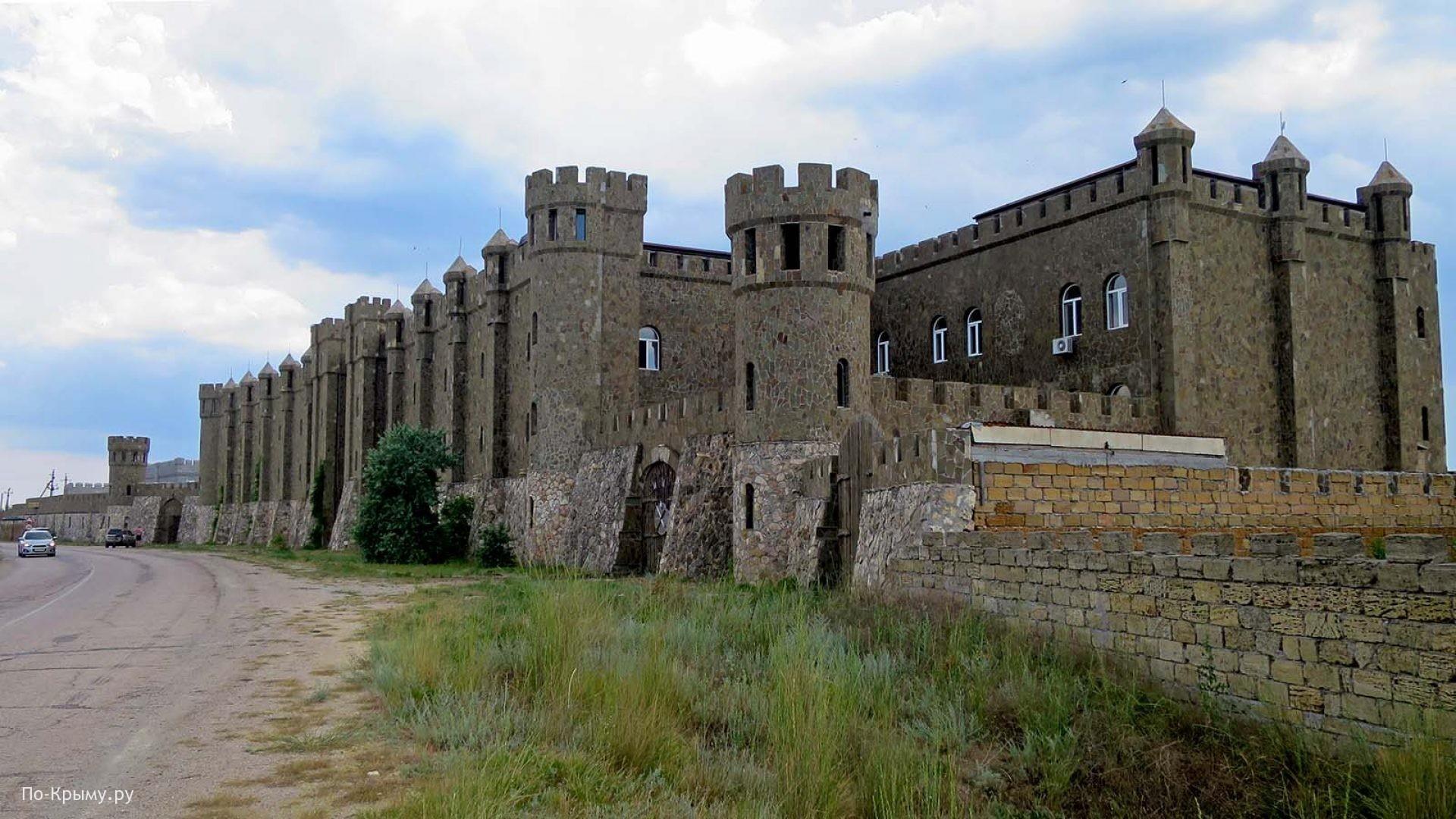 Отель-замок Викинг у Знаменского