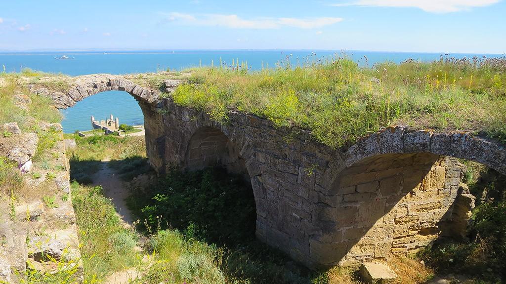 Турецкая крепость Ени-Кале в Крыму