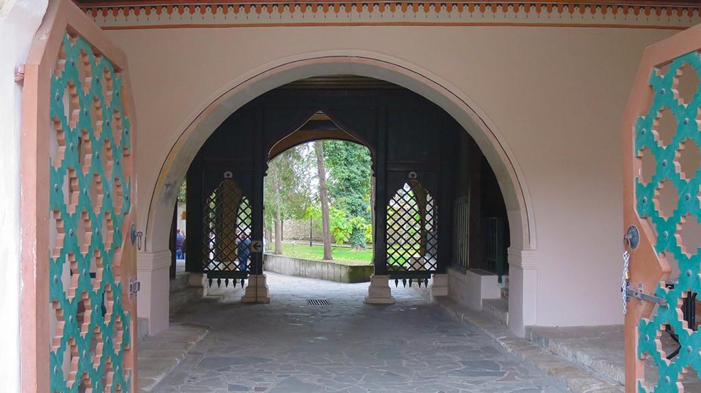 Внутренние дворики.