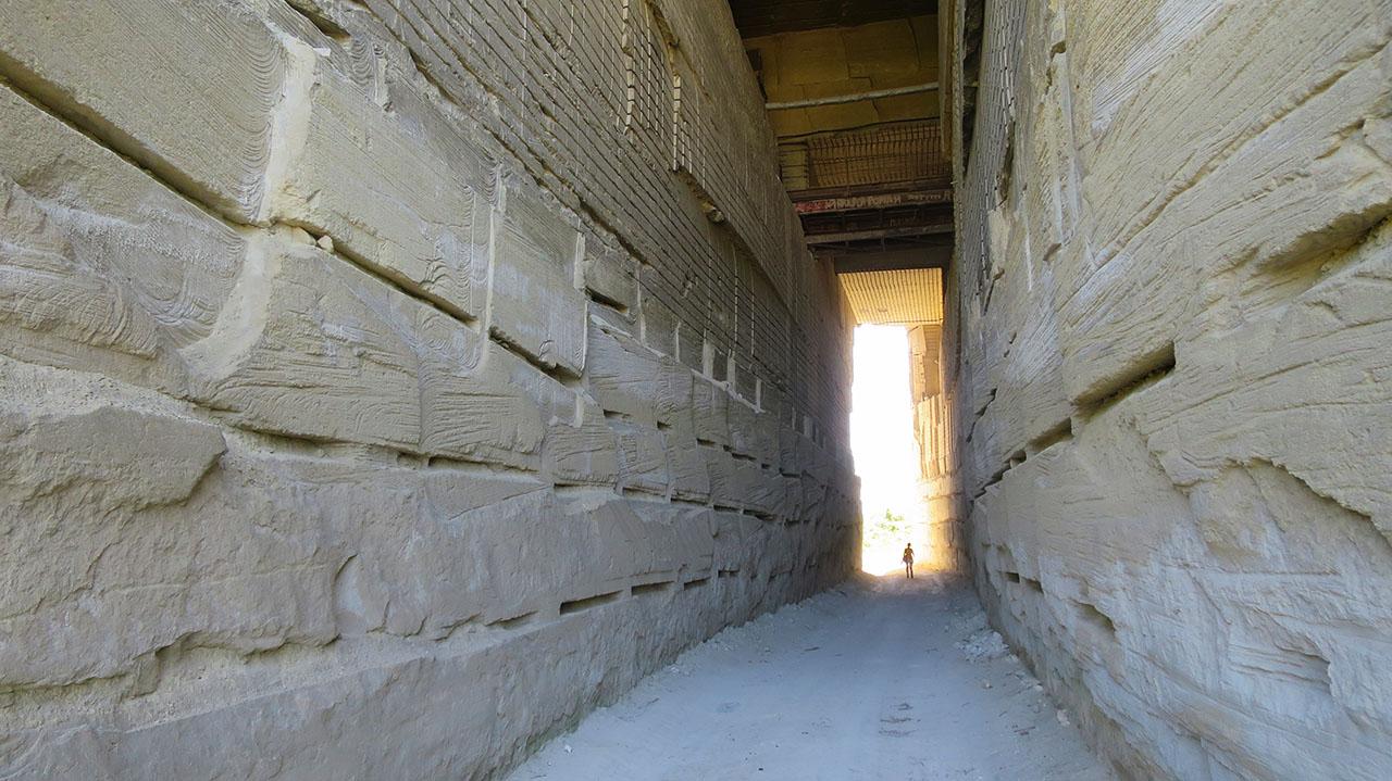 На снимке проход в затерянный мир в Инкермане