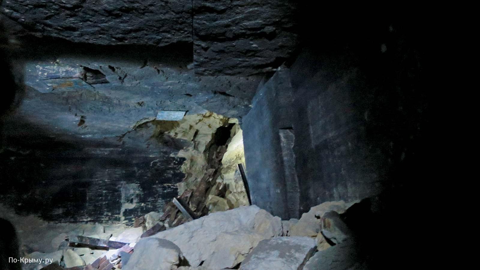 Последствия разрушения подземных галерей фашистами