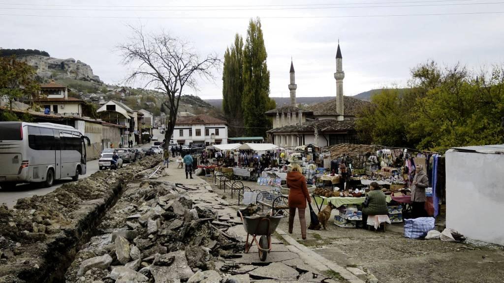 Каким стал Старый город в Бахчисарае после ремонта.