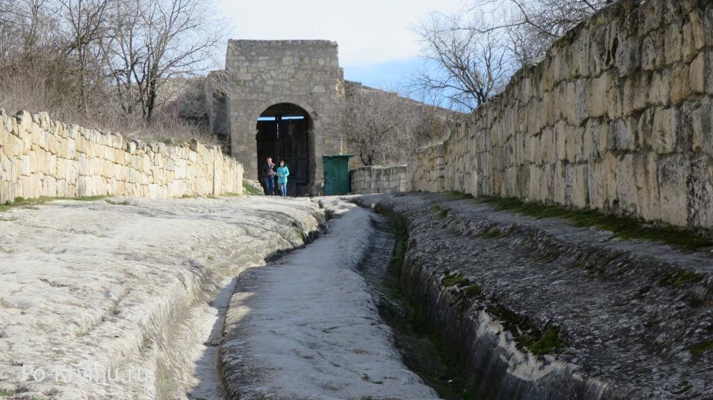 Самые интересные места пещерных городов Горного Крыма