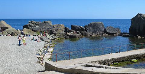 Детский пляж Алупки