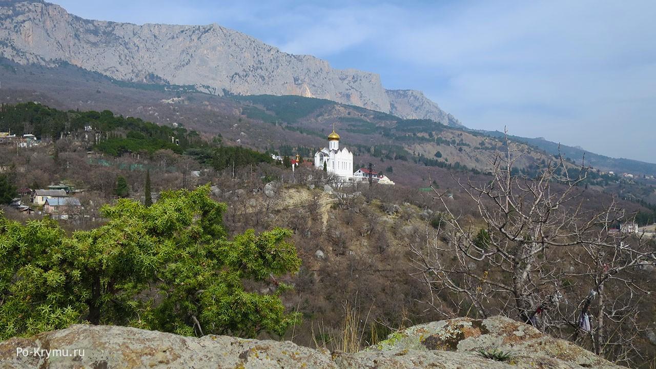 Храм Казанской иконы Божьей матери в Береговом