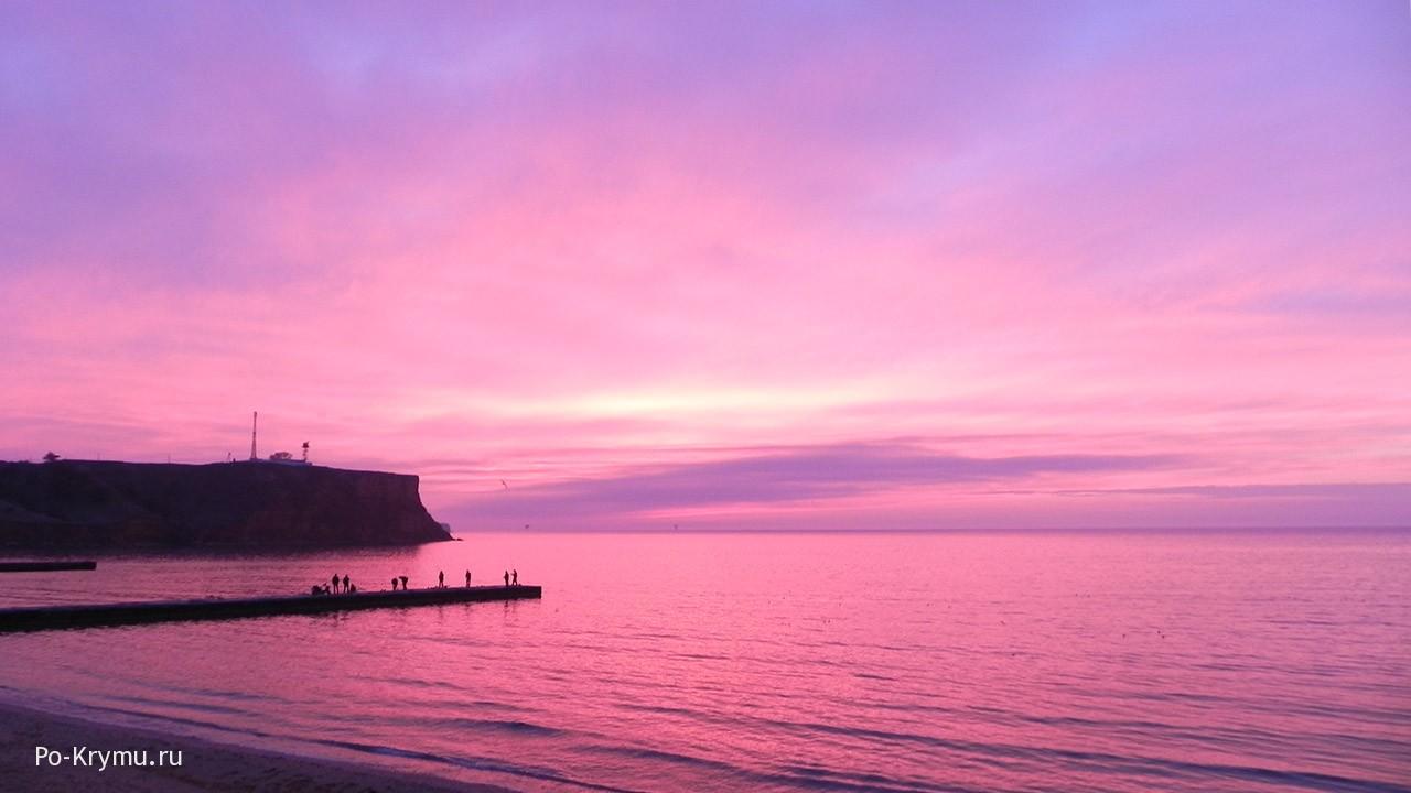 Фото розово-сиреневого неба у поселка Песчаное