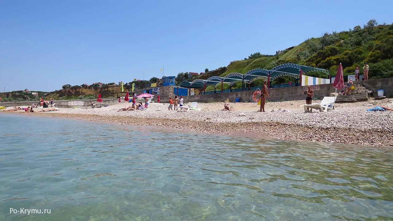 Севастополь, пляж Толстяк, июнь