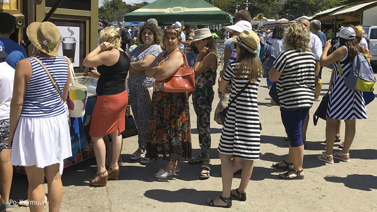 В Крыму туристический бум