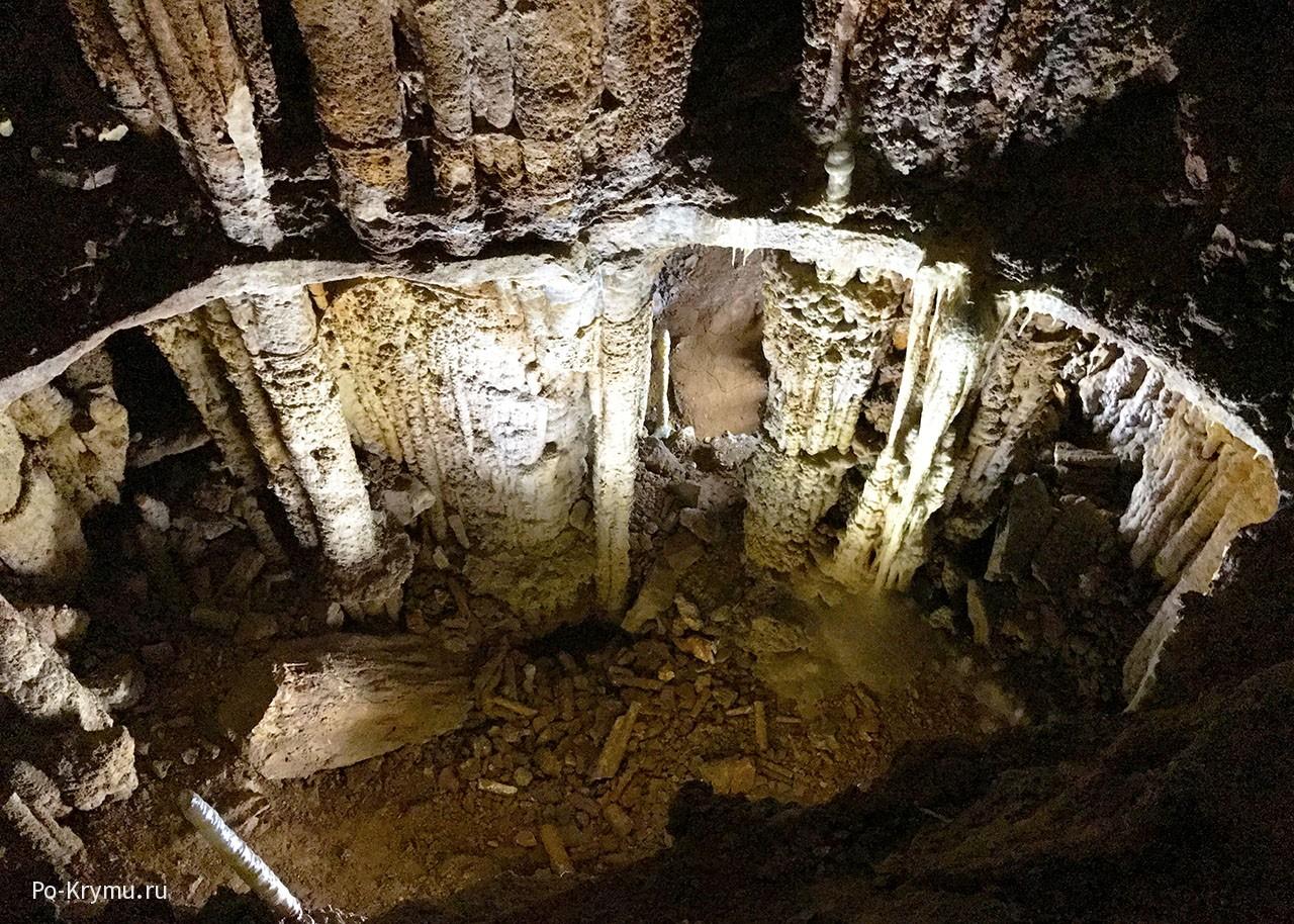 Мамонтова пещера, Крым.