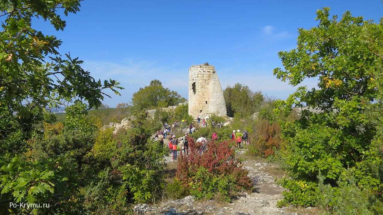 Высокая башня Сюйреньской крепости