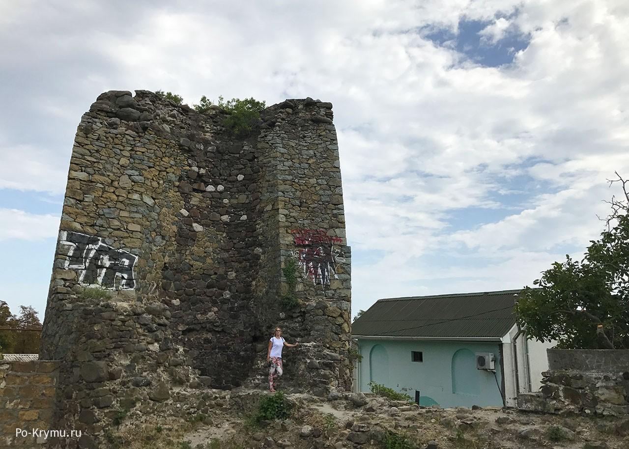 Крепость Алустон в Алуште.