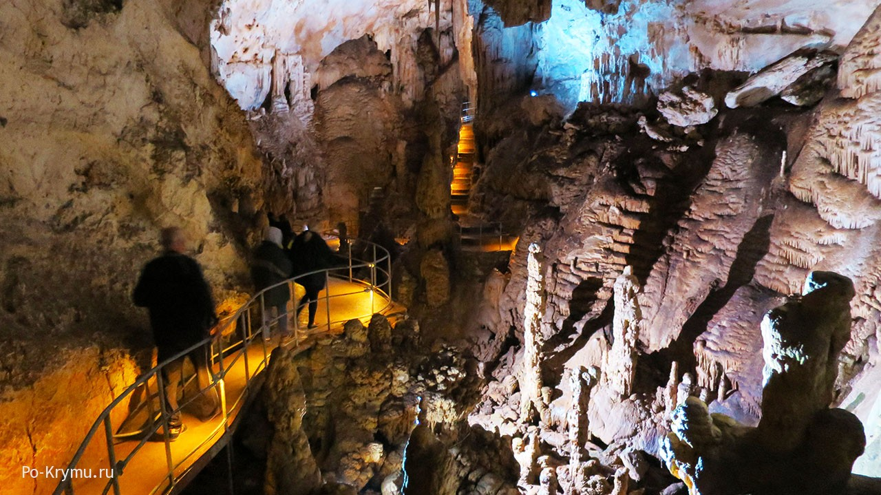 Пещеры - самые загадочные места Крыма.