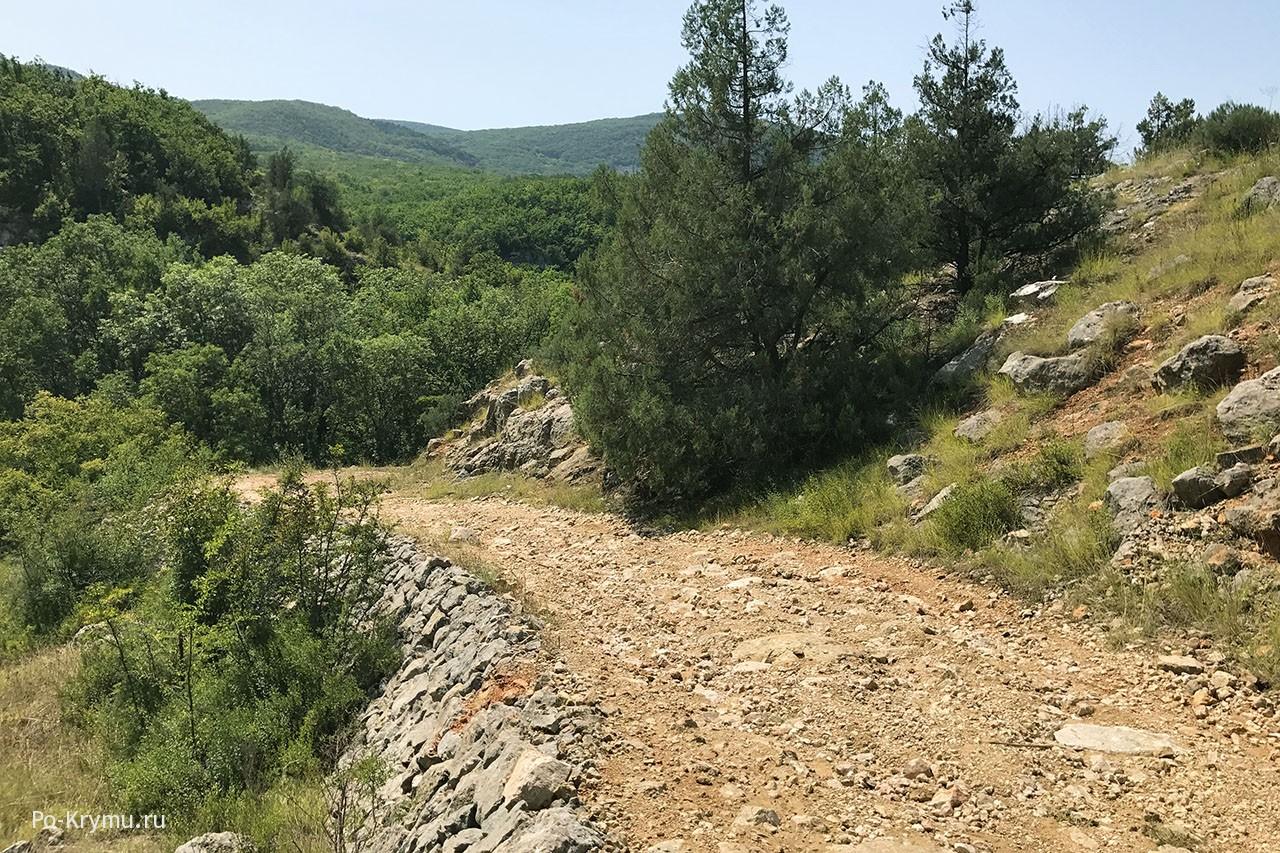 Манштейновская дорога, построенная военопленными.