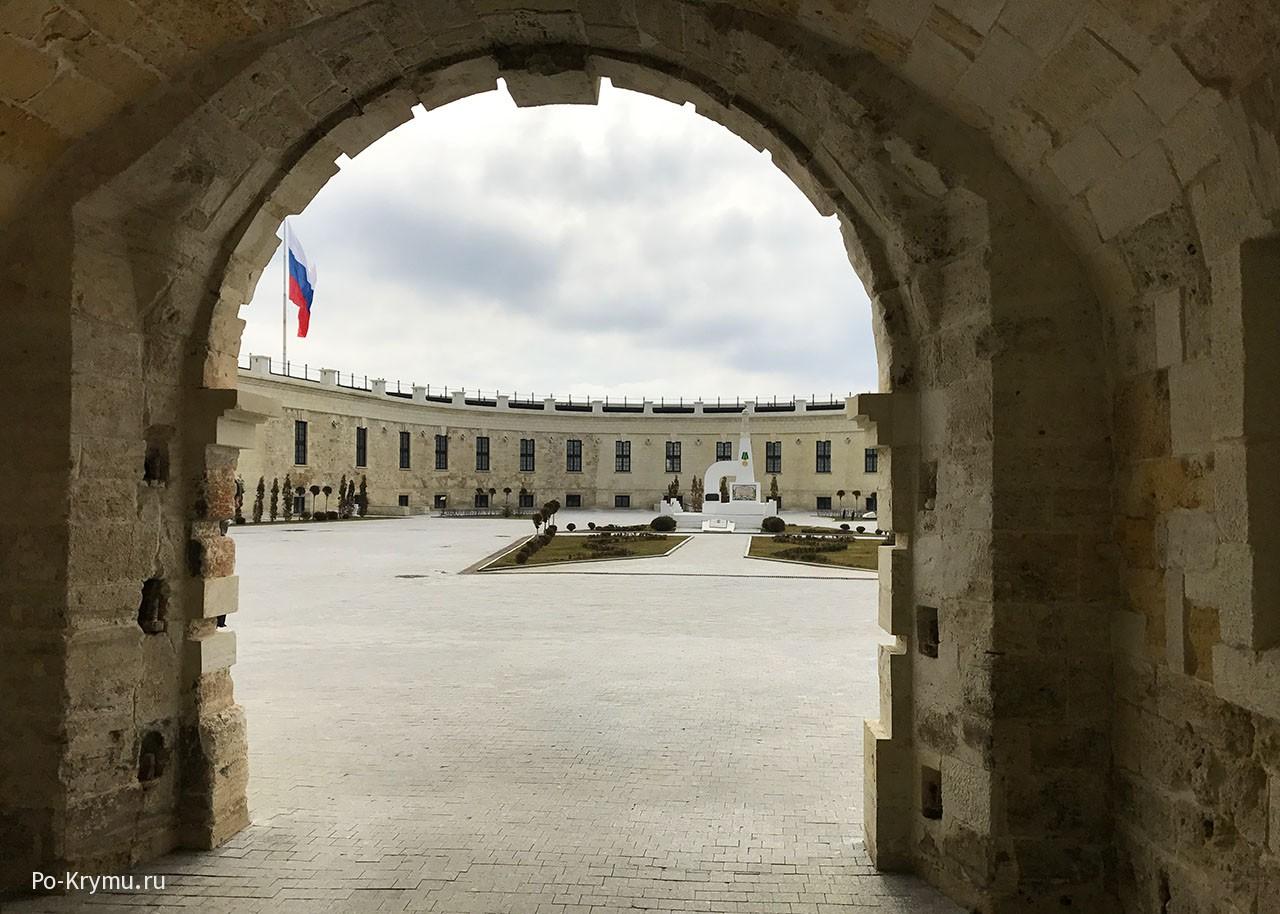 Севастополь, Константиновская батарея - фото на сайте.