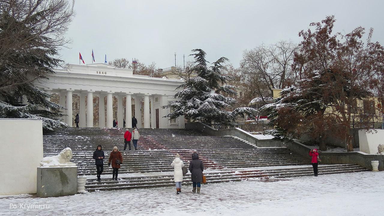 Главный причал Севастополя - Графская пристань, фото.