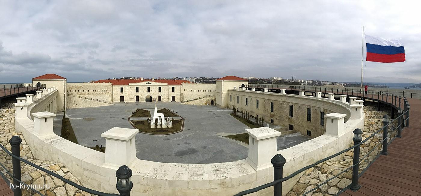 Северная, Константиновский равелин - музей Севастополя.