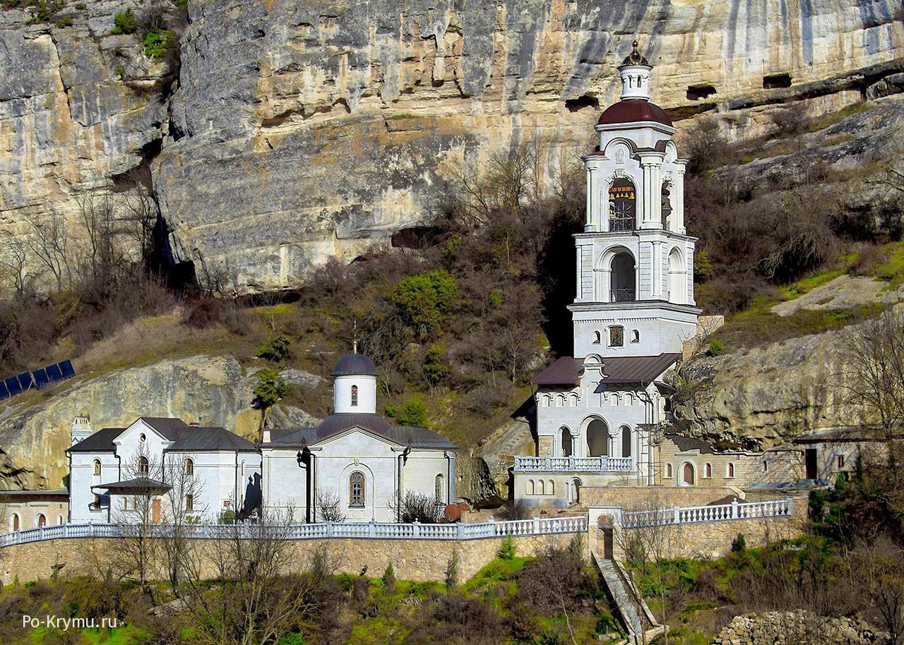 Новая часовня  пещерного Успенского монастыря в Бахчисарае.