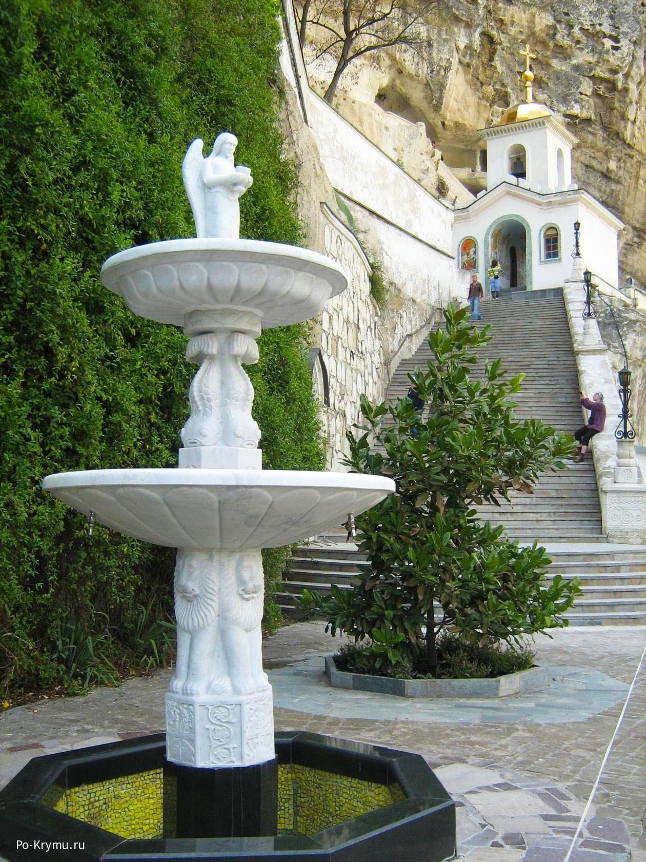 Лестница к храму.