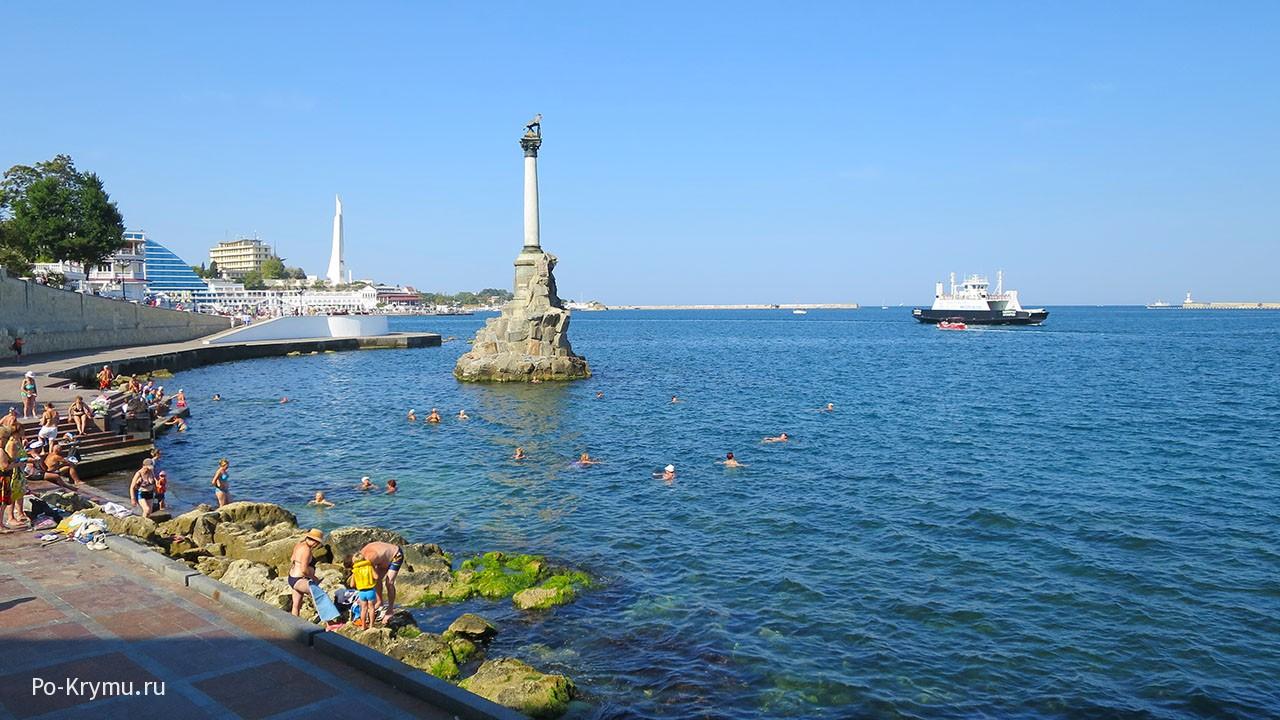 Где купаться в центре Севастополя?