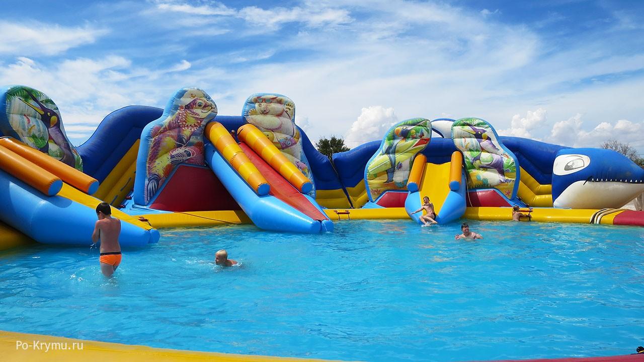 Место купания для малышей.