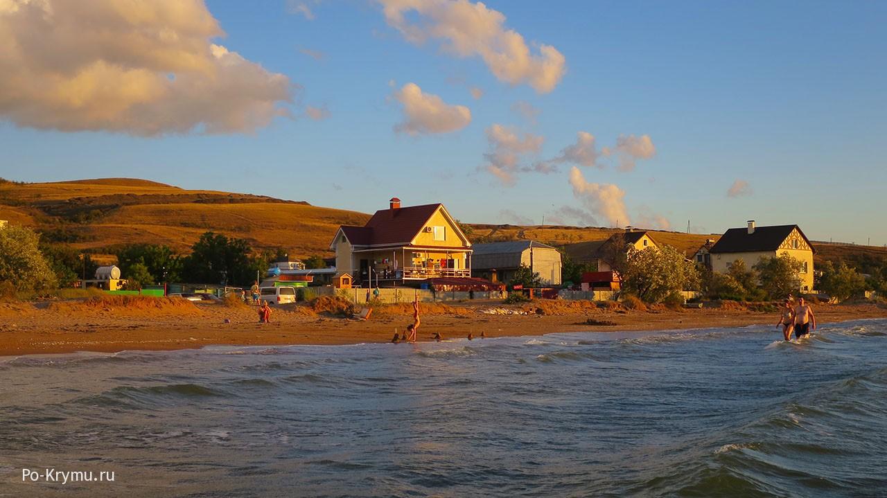 Курортный поселок Юркино славится рыбной артелью и рыжим песком