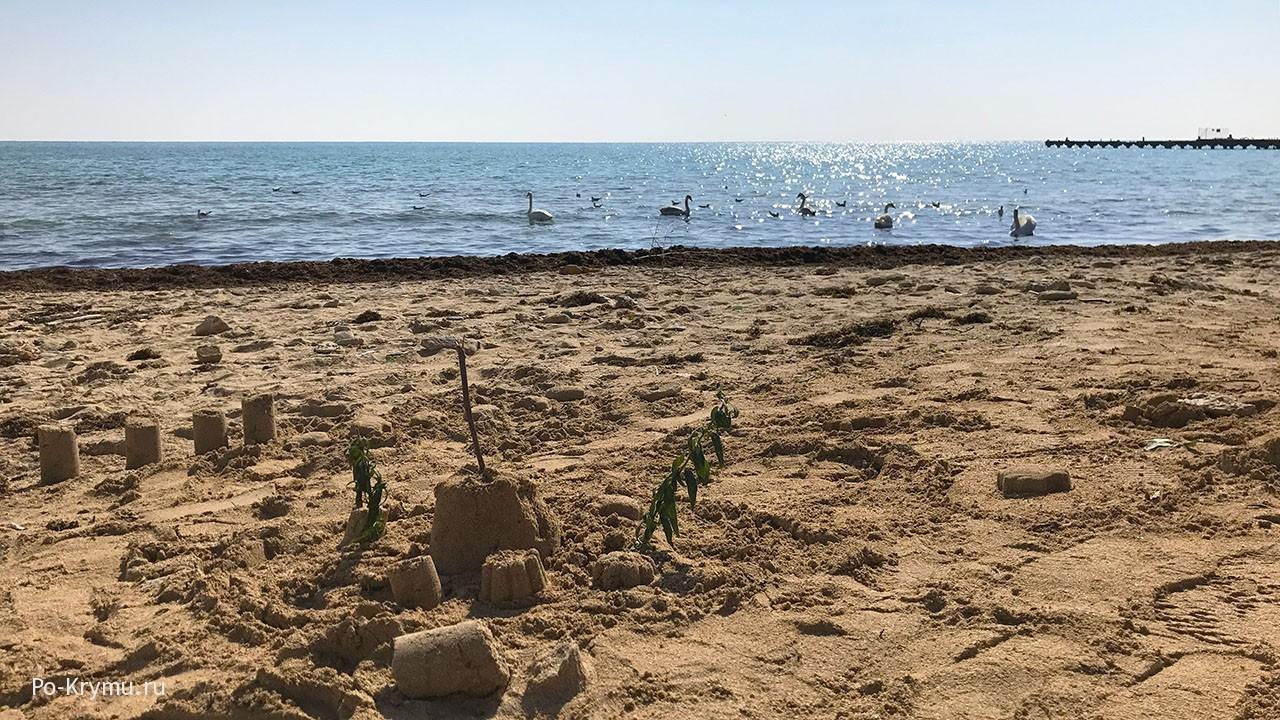 Евпаторийские пляжи в межсезонье.