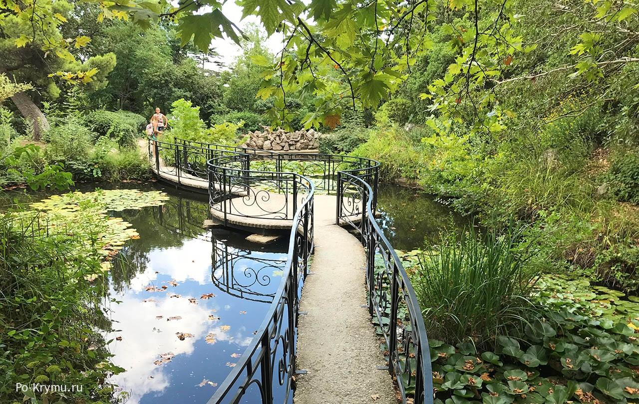 Парк и пруды санатория Форос привели в порядок.