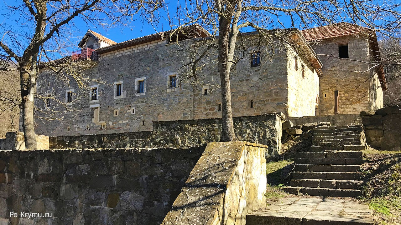 Старый Крым, армянский монастырь Сурб-Хач.