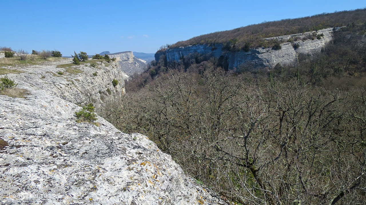 Алимова балка, вид сверху с Кизил-Буруна.